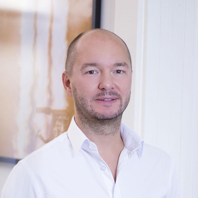 Dr. Thomas Herbst